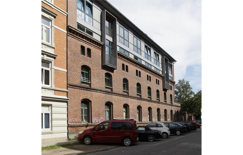 Aufstockung eiens alten kasernengeb ude hamburg altona for Architekten hamburg altona